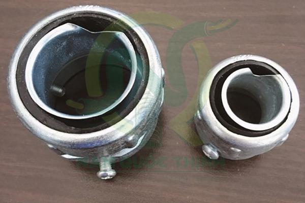 Đầu nối ống ruột gà với ống thép luồn dây điện trơn EMT cao cấp