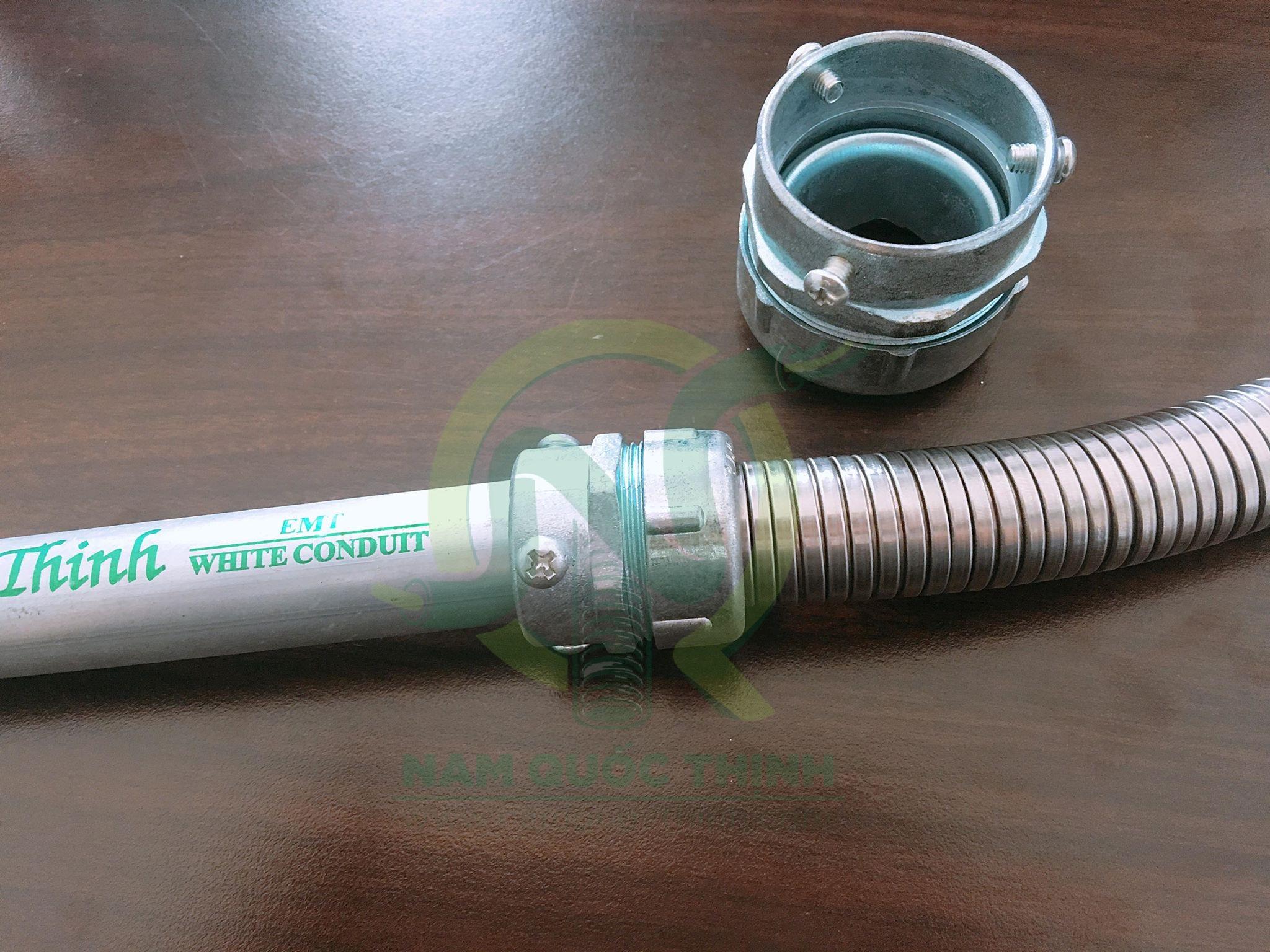 Đầu nối ống ruột với Ống thép EMT