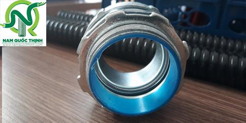 Đầu nối ống ruột gà thép kín nước
